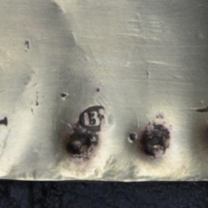 Quid de l'attribution des Briquets dits de la Vieille Garde  - Page 3 Fullsi32