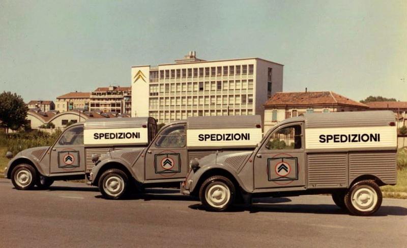 Photos et cartes postale 2cv camionnette  - Page 12 2cv_sp10