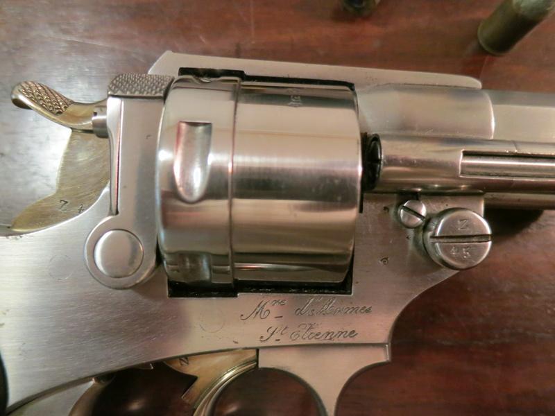 Revolver Réglementaire français modèle 1873 Img_1517