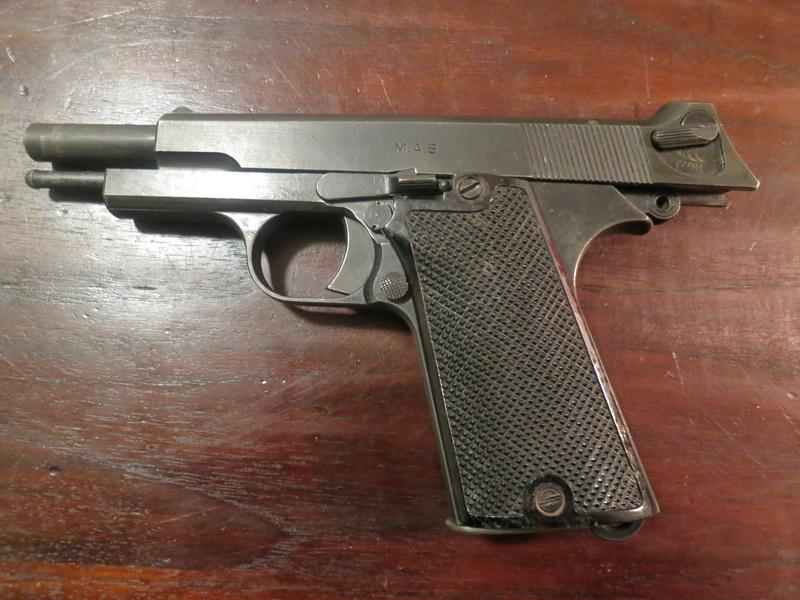 """Pistolet réglementaire MAS Modèle 1935 """"S"""" Img_2241"""