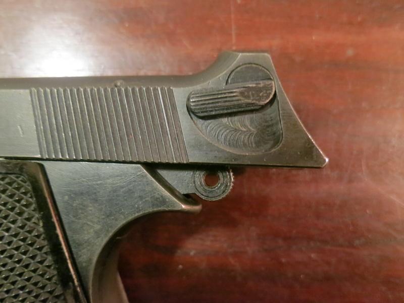 """Pistolet réglementaire MAS Modèle 1935 """"S"""" Img_2242"""