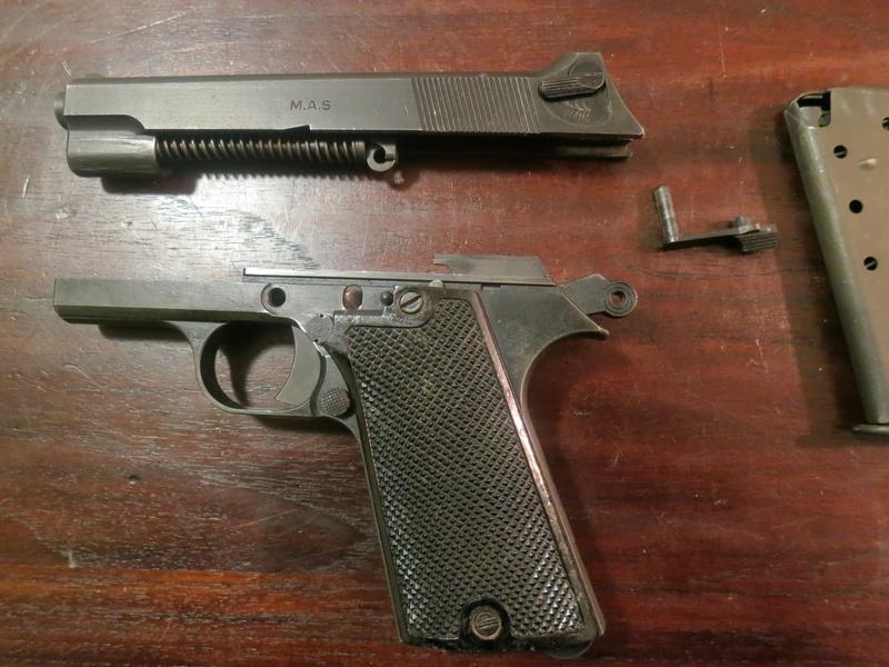 """Pistolet réglementaire MAS Modèle 1935 """"S"""" Img_2247"""