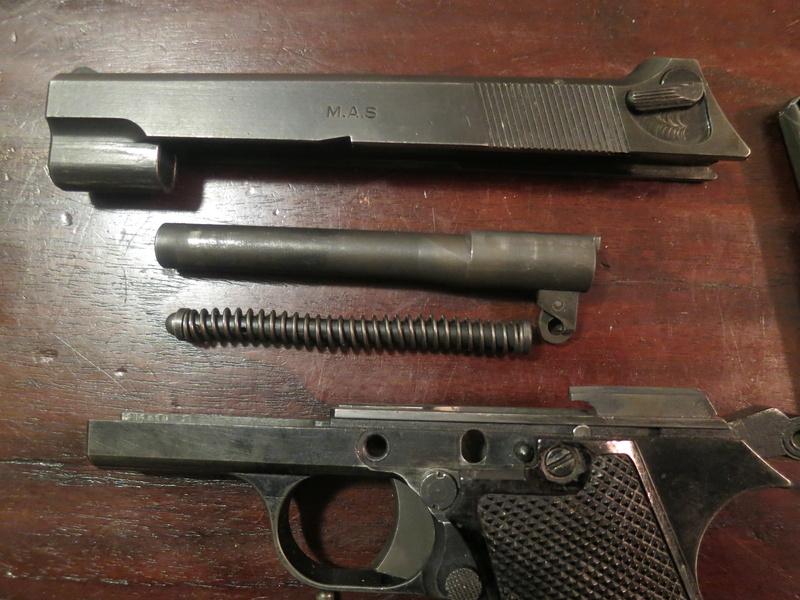 """Pistolet réglementaire MAS Modèle 1935 """"S"""" Img_2249"""
