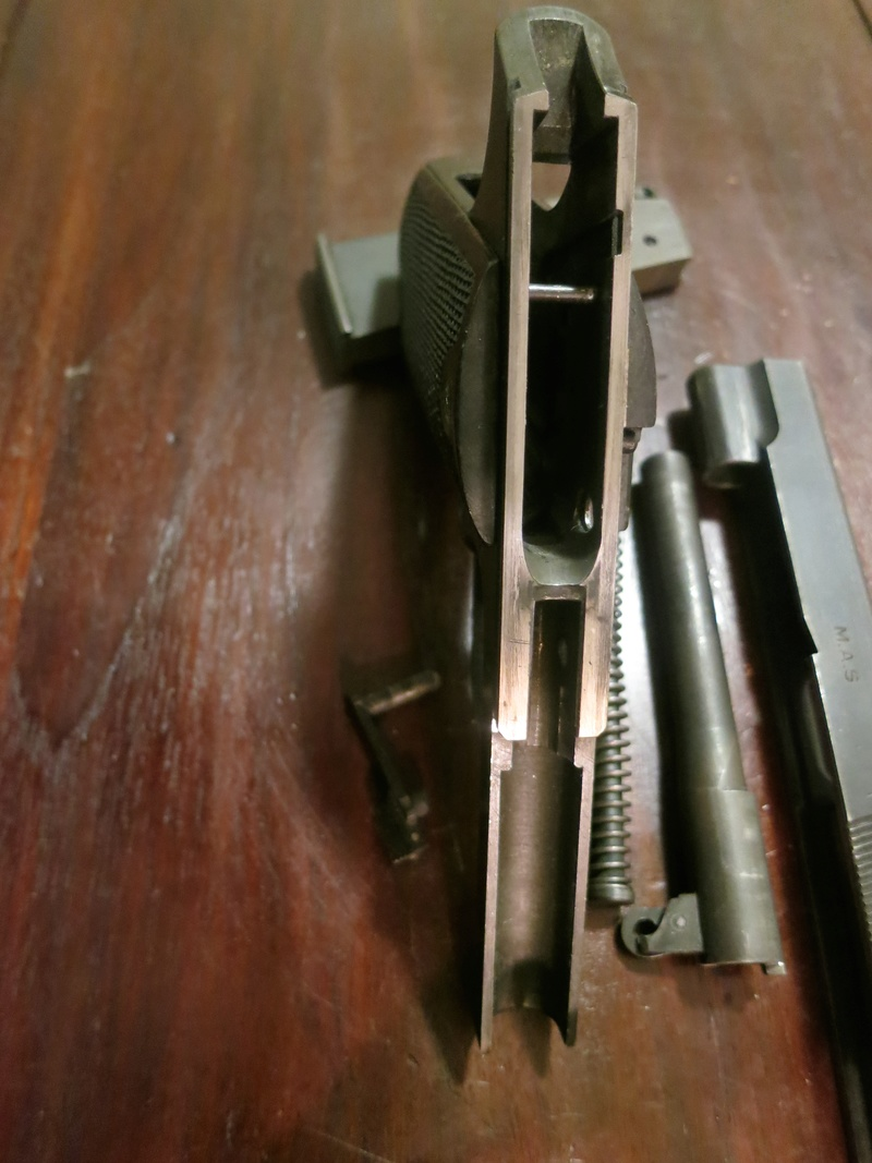 """Pistolet réglementaire MAS Modèle 1935 """"S"""" Img_2256"""