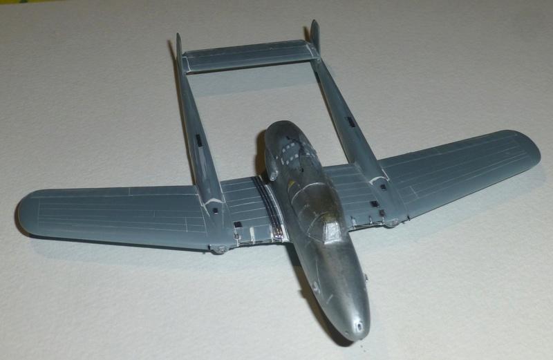 SAAB J21 Heller 1/72 P1040510