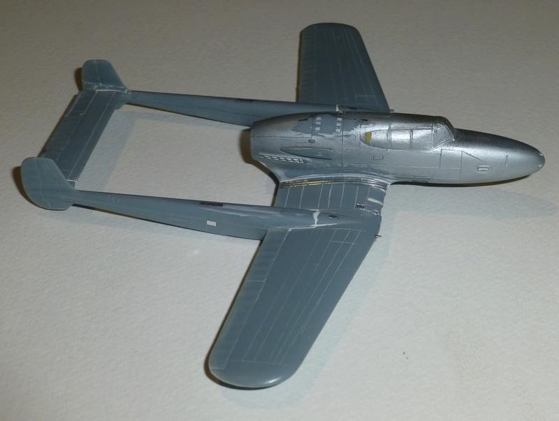 SAAB J21 Heller 1/72 P1040511