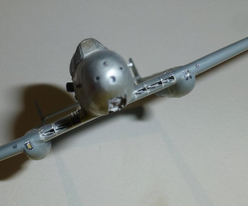 SAAB J21 Heller 1/72 P1040512