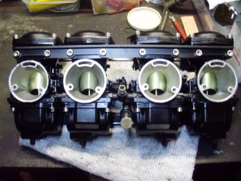 Problème carburation Z 1000 R - Page 4 P5110010