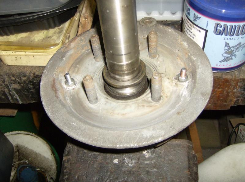 changement roulements roue arrière Hpim1310