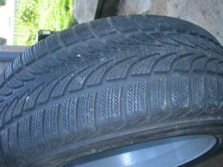Pieces neuves et ocasse, pneus, verrin pneumatique etc..... Dscn0810