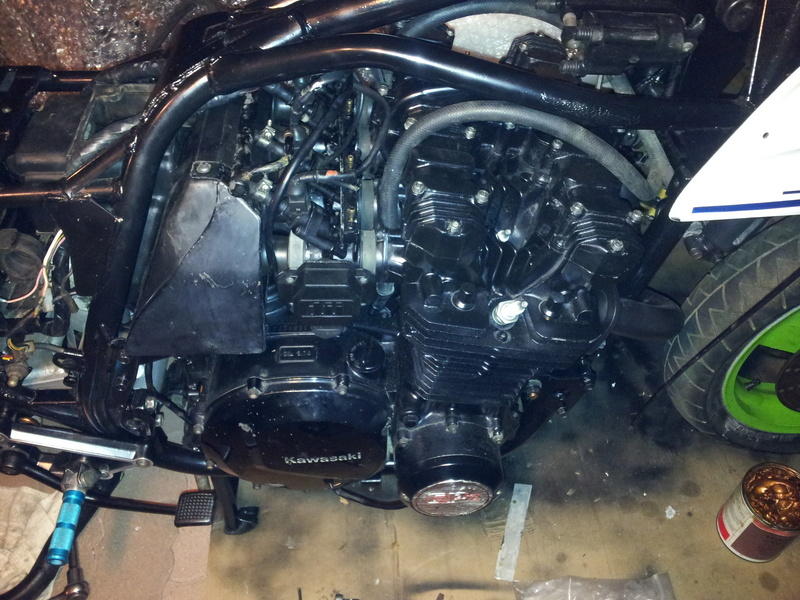RESTAURATION ZX1100 YVES  - Page 2 20161142