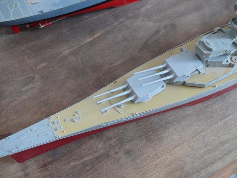 USS NEW JERSEY par Yuth au 1/350 - Tamyia P1070311
