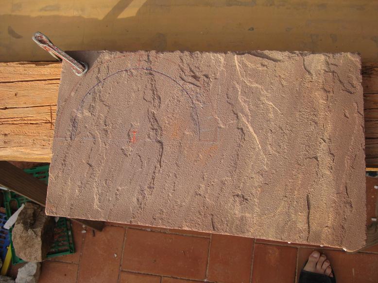 Construcció d'una boca de tunel de pedra (vermella)-(FFCC de la Terrassa) Arc10