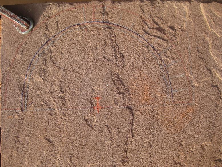 Construcció d'una boca de tunel de pedra (vermella)-(FFCC de la Terrassa) Arc_110