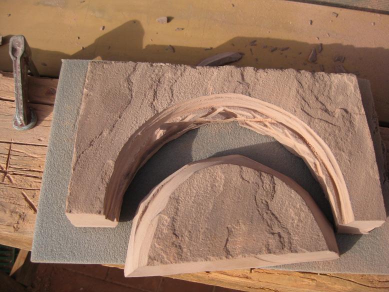 Construcció d'una boca de tunel de pedra (vermella)-(FFCC de la Terrassa) Arc_310