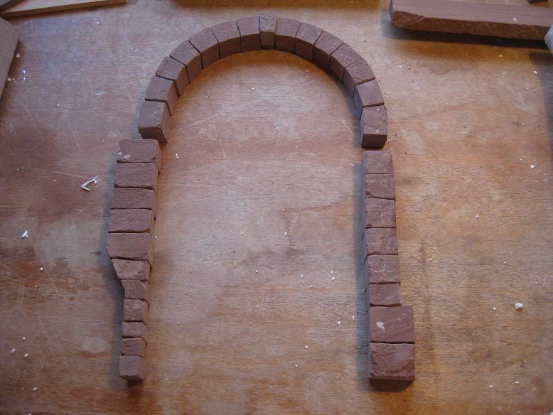 Construcció d'una boca de tunel de pedra (vermella)-(FFCC de la Terrassa) Xx11
