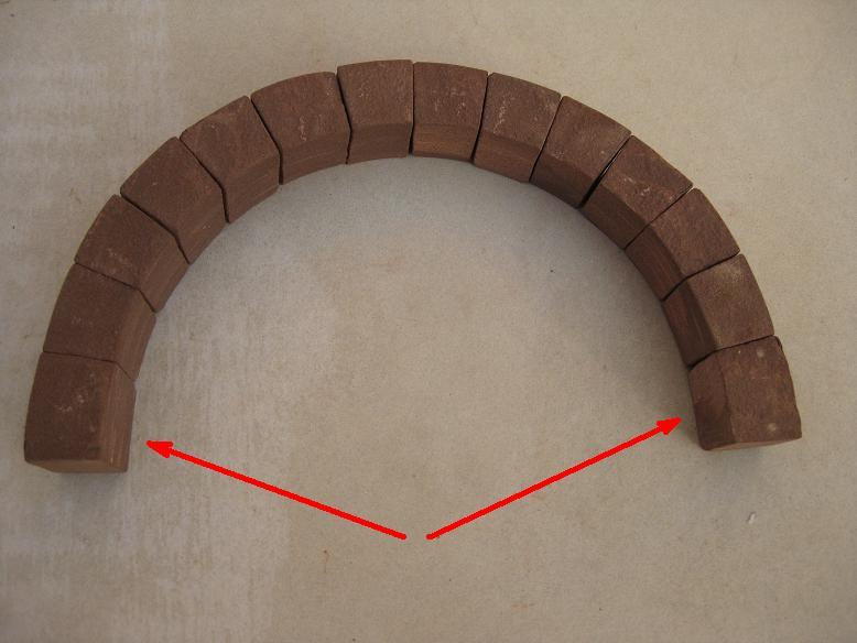 Construcció d'una boca de tunel de pedra (vermella)-(FFCC de la Terrassa) Xx_110