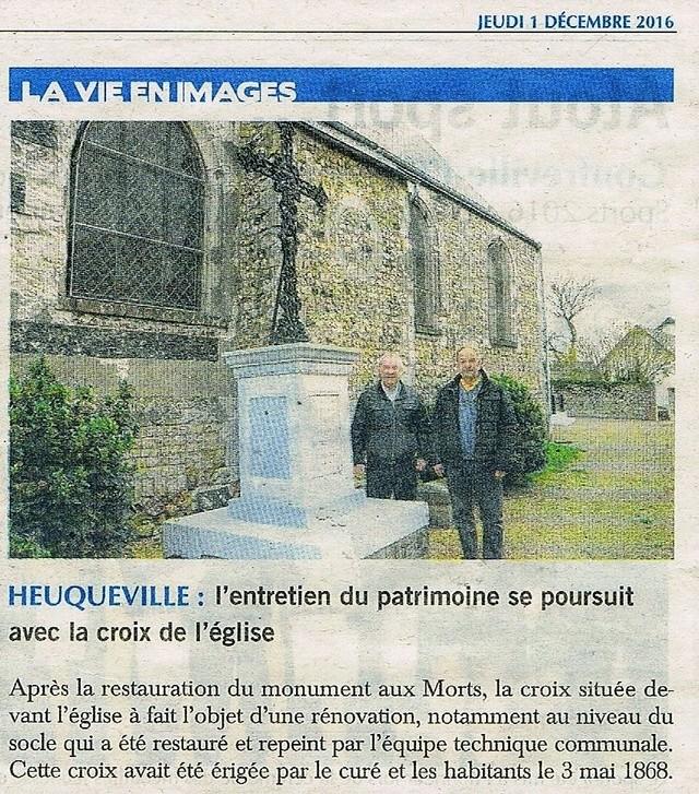Heuqueville - La croix de l'église 2016-128