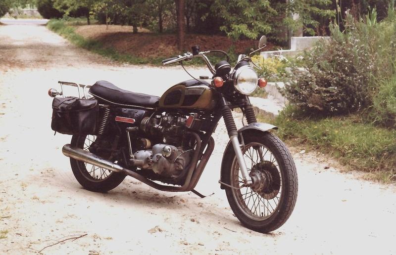 Triumph motorcycle - Page 2 Sans_t10