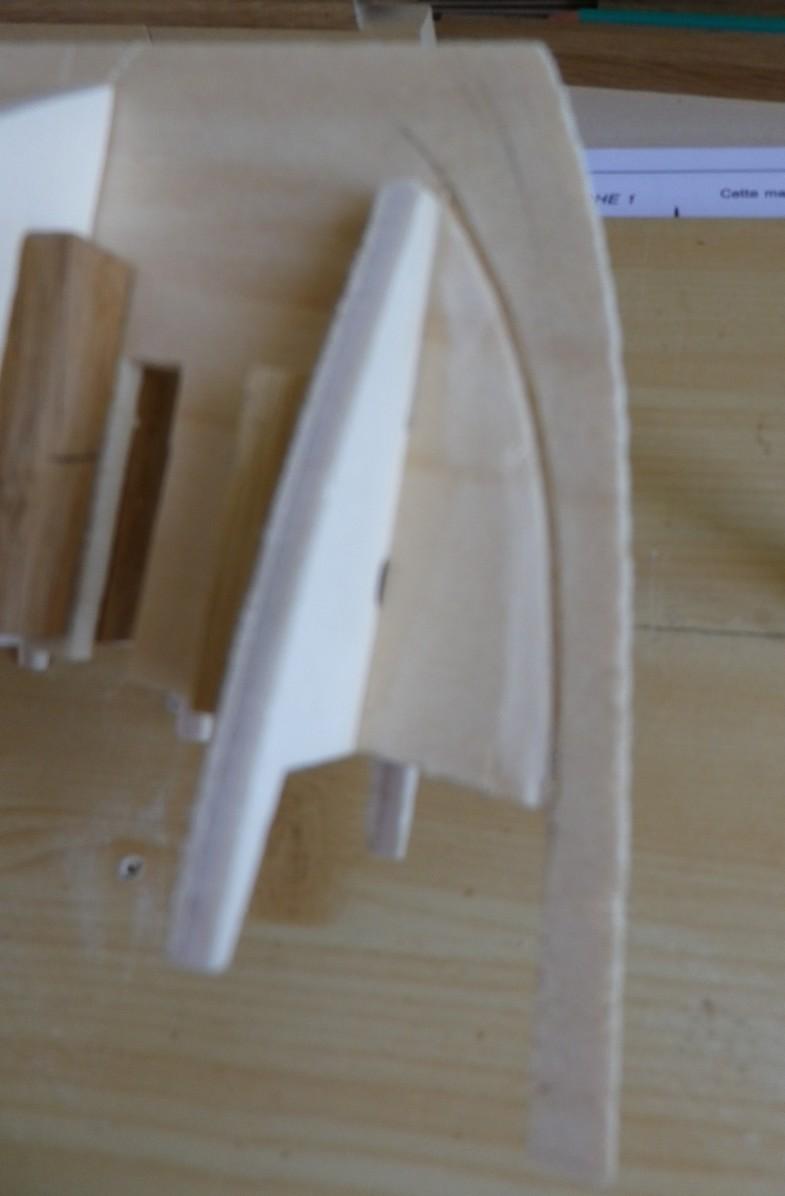 """Pas à pas d'une maquette terminée : le """"Marie-Adéaïde"""" - Harenguier. Kit Soclaine au 1/50ème Imgp3524"""