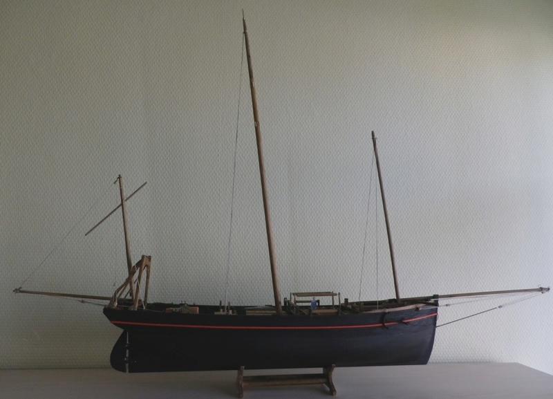 """Pas à pas d'une maquette terminée : le """"Marie-Adéaïde"""" - Harenguier. Kit Soclaine au 1/50ème Imgp3757"""