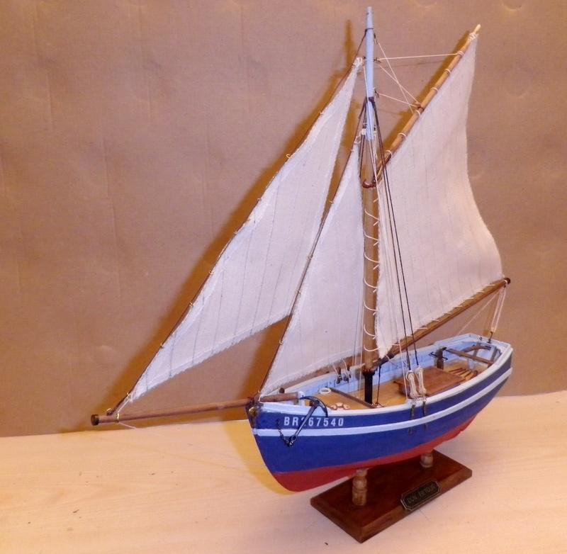 """Pas à pas d'une maquette terminée : """"Le Bon Retour"""" Coquiller de la rade de Brest. Kit AL au 1/50ème Imgp5174"""