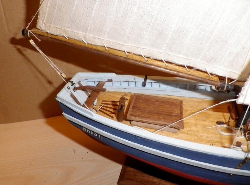 """Pas à pas d'une maquette terminée : """"Le Bon Retour"""" Coquiller de la rade de Brest. Kit AL au 1/50ème Imgp5175"""