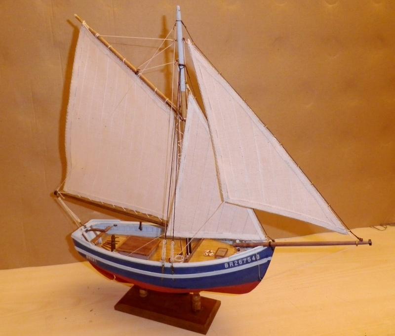 """Pas à pas d'une maquette terminée : """"Le Bon Retour"""" Coquiller de la rade de Brest. Kit AL au 1/50ème Imgp5176"""