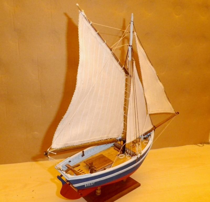 """Pas à pas d'une maquette terminée : """"Le Bon Retour"""" Coquiller de la rade de Brest. Kit AL au 1/50ème Imgp5182"""