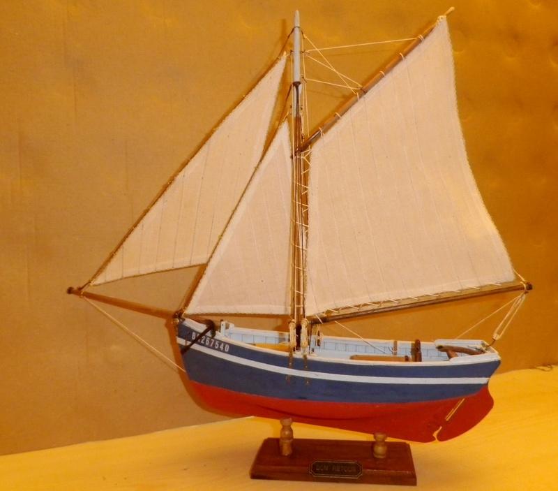 """Pas à pas d'une maquette terminée : """"Le Bon Retour"""" Coquiller de la rade de Brest. Kit AL au 1/50ème Imgp5183"""