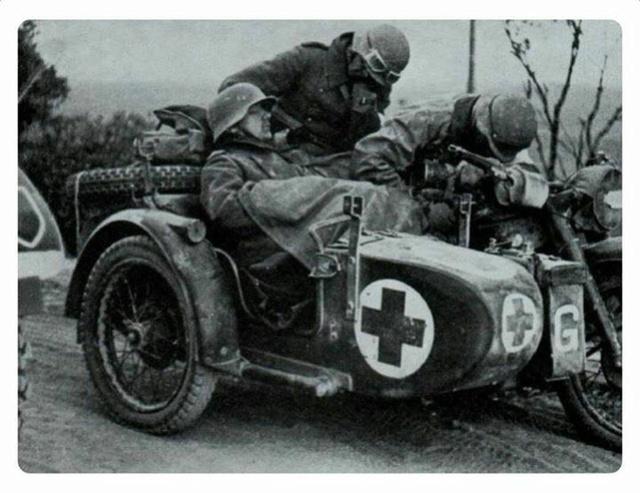 1944-1945. suite ,suite et fin avec Flak 38 - Page 2 Moto910