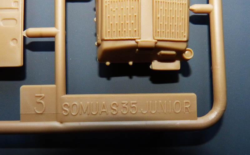 [HELLER] Char Somua S35 - 1/72 Somuas13