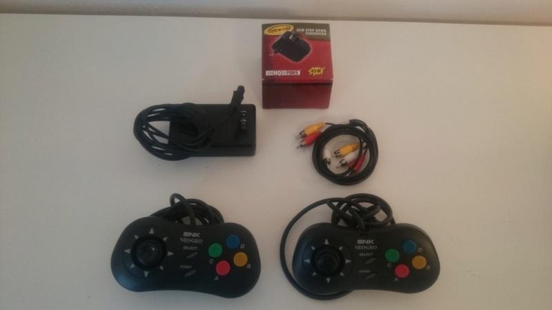 [VDS] Lot Neo Geo CD + 2 sticks cacahuète + 11 jeux Dsc_1413