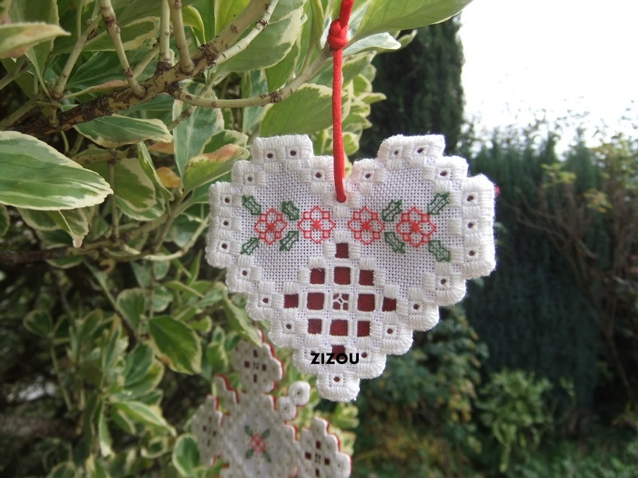 Christmas ornament, Humming needles Orname12