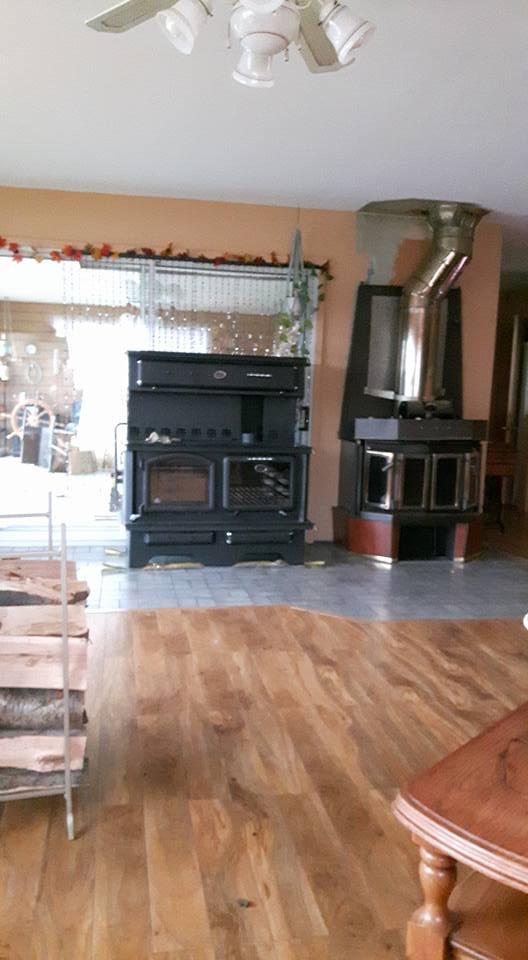 La cuisiniere à bois 15220012