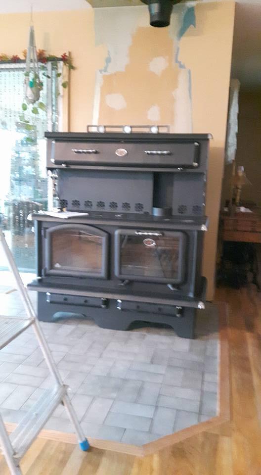 La cuisiniere à bois 15230812