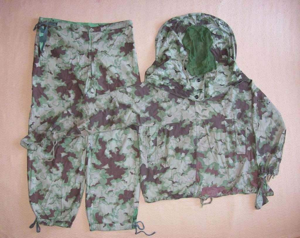 Summer camouflage oversuit with spots - variant 1 - 4 (Letní maskovací oděv se skvrnami - varianta 1 - 4) 100_8110