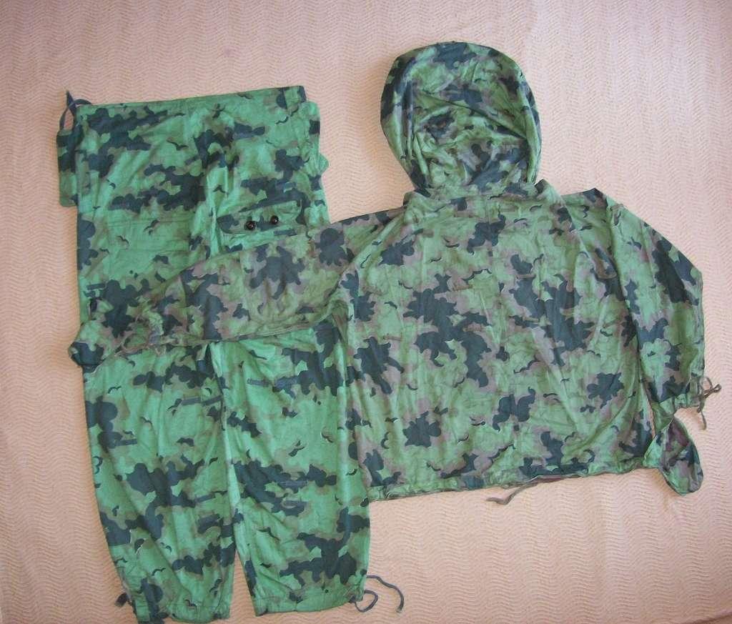 Summer camouflage oversuit with spots - variant 1 - 4 (Letní maskovací oděv se skvrnami - varianta 1 - 4) 100_8113