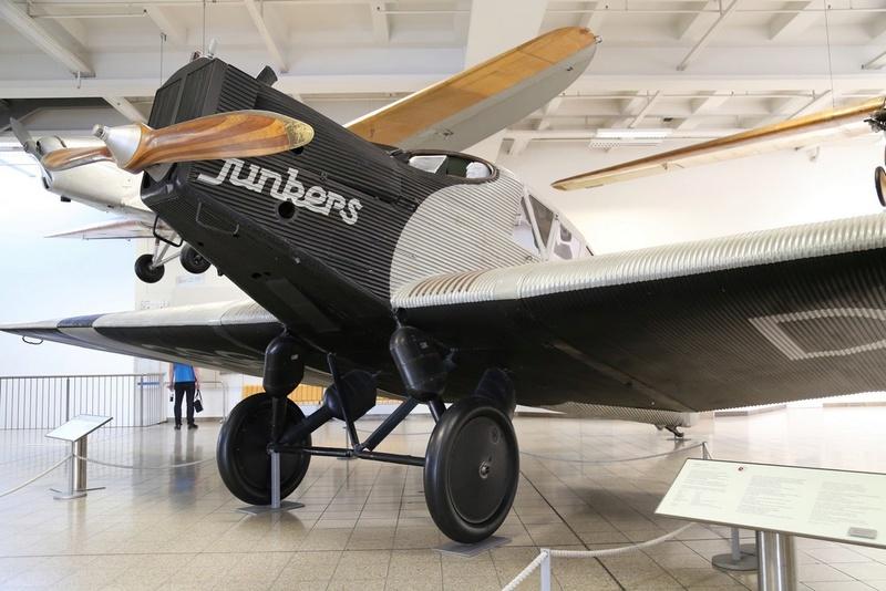 Junkers F13W Seaplane, Revell, 1/72 Junker11