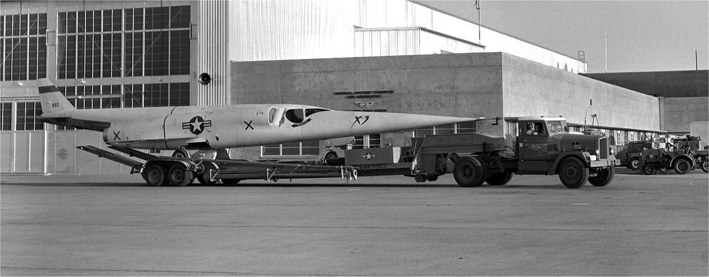 """Douglas X-3 """"Stiletto"""" [1/72 - MACH 2] X-3-st10"""