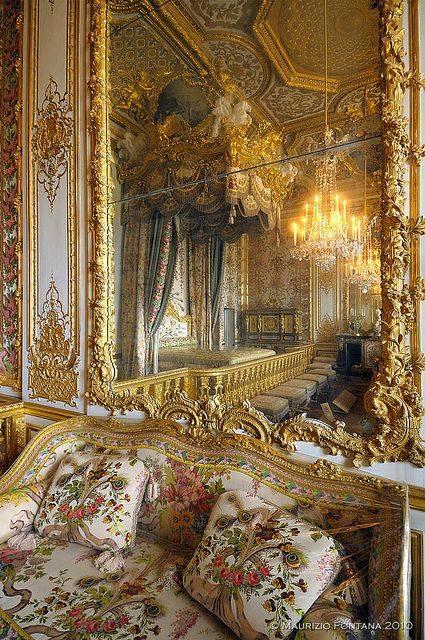 chambre - La chambre de la Reine à Versailles - Page 3 15094910