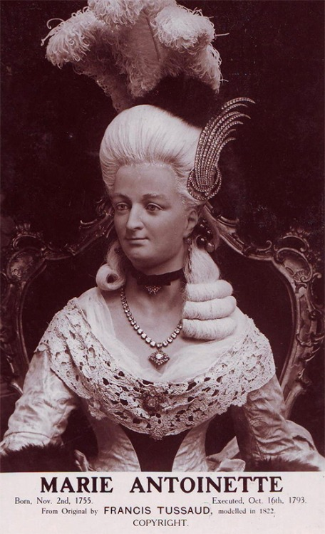 Marie Antoinette, chez Madame Tussaud - Page 3 Tumblr10