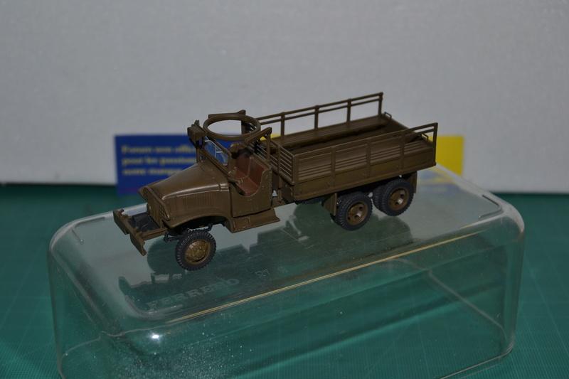 """La 2ème DB """"Jeep - GMC CCKW353 - Sherman M4a2""""  [Heller 1/72] Dsc_0014"""