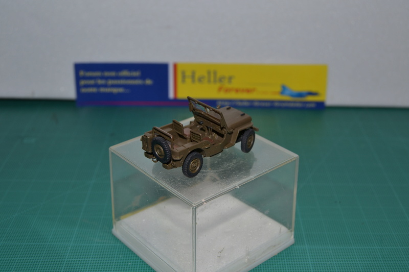 """La 2ème DB """"Jeep - GMC CCKW353 - Sherman M4a2""""  [Heller 1/72] Dsc_0016"""