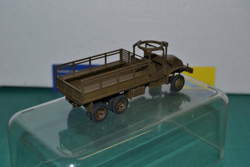 """La 2ème DB """"Jeep - GMC CCKW353 - Sherman M4a2""""  [Heller 1/72] Dsc_0022"""