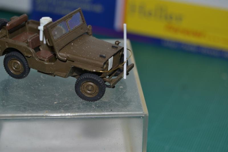 """La 2ème DB """"Jeep - GMC CCKW353 - Sherman M4a2""""  [Heller 1/72] Dsc_0026"""
