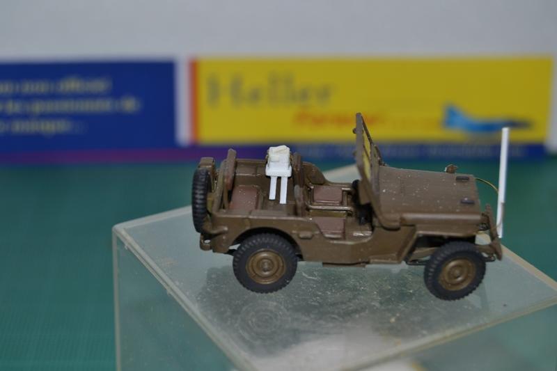 """La 2ème DB """"Jeep - GMC CCKW353 - Sherman M4a2""""  [Heller 1/72] Dsc_0027"""