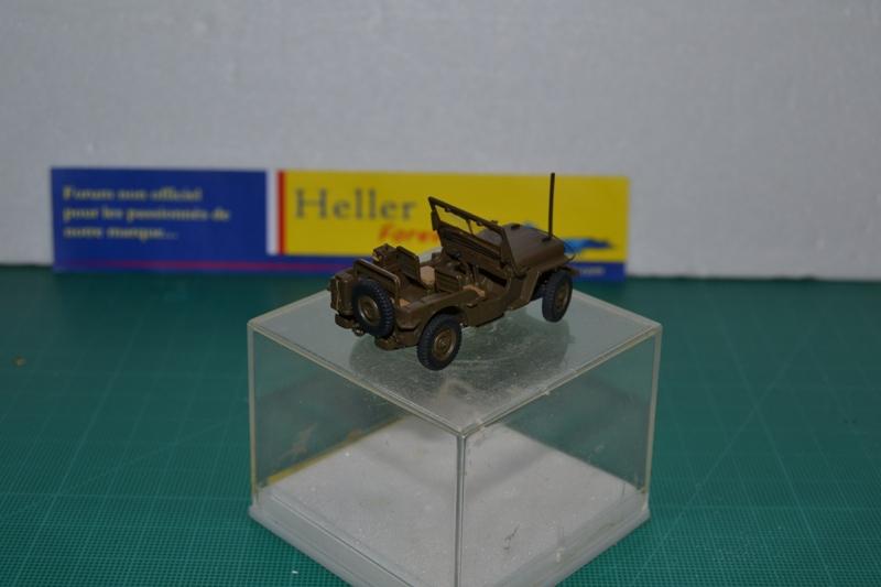 """La 2ème DB """"Jeep - GMC CCKW353 - Sherman M4a2""""  [Heller 1/72] Dsc_0031"""