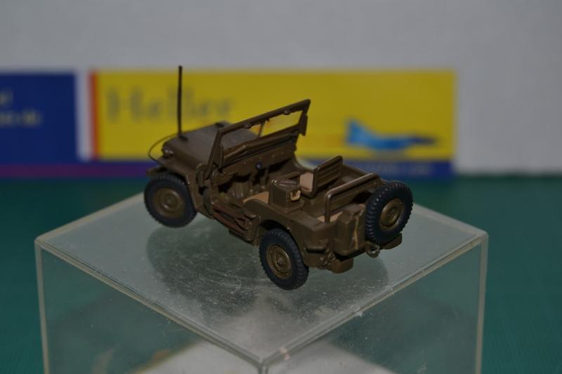 """La 2ème DB """"Jeep - GMC CCKW353 - Sherman M4a2""""  [Heller 1/72] Dsc_0032"""