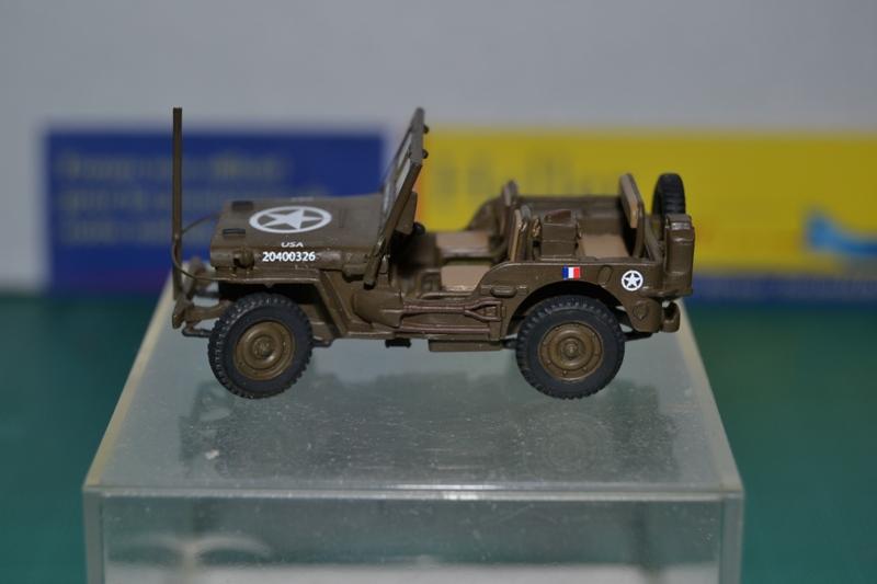 """La 2ème DB """"Jeep - GMC CCKW353 - Sherman M4a2""""  [Heller 1/72] Dsc_0035"""